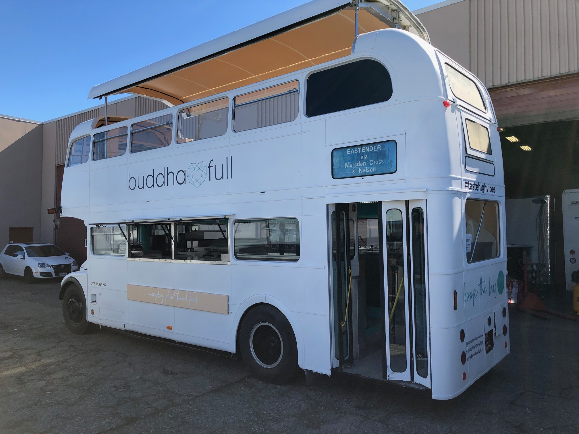 General - Buddha Bus